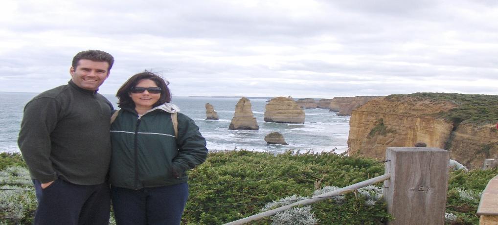 Rolling Tworistas visit the 12 Apostoles in Australia